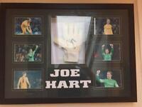 Signed Joe Hart glove framed incl. COA