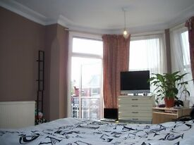 Beautiful large room in Dollis Hill