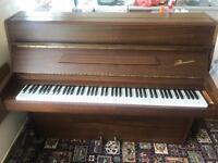Danemamn upright piano