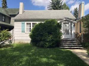Close to U of A! 5 Bedroom House in Garneau! Perfect for...