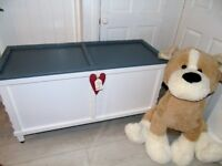 LARGE STORAGE SOLUTION FOR KID'S TOYS OR BEDDING