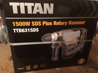Drill/breaker Titan SDS Plus Drill 230-240V with 22 SDS bits. (Still in sealed/unopened box)
