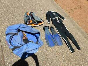 Mens Wetsuit Amaroo Gungahlin Area Preview