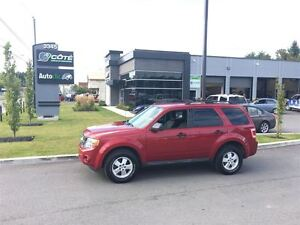 2010 Ford Escape XLT - MANUELLE *** FINANCEMENT 100% APPRO
