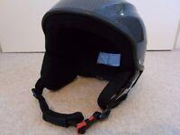 Ski Helmet - Gloss Graphite Size M - White Rock Vulcan + free Goggles
