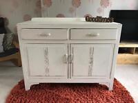 Beautiful Shabby Chic sideboard / drawers / cupboard