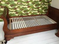 Sleigh bed ( single ) with matching drawers