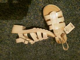 Girls brand new sandals in size 2