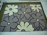 THICK PILE WOOL RUG 65 X 49 INCHES