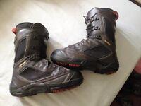 Salomon snowboard boots sz 8uk and sz 9uk