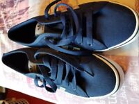 Adidas mens trainer size 8