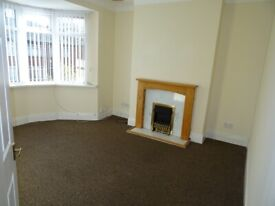 LOVELY 3 BED UPPER FLAT AVAILABLE TO RENT IN COWGATE, NEWCASTLE UPON TYNE. LOW MOVE IN COSTS.