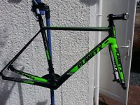 BRAND NEW Planet X RTD90 Frameset Carbon Road Bike Disc (inc. SRAM crankset, Specialized seat post)
