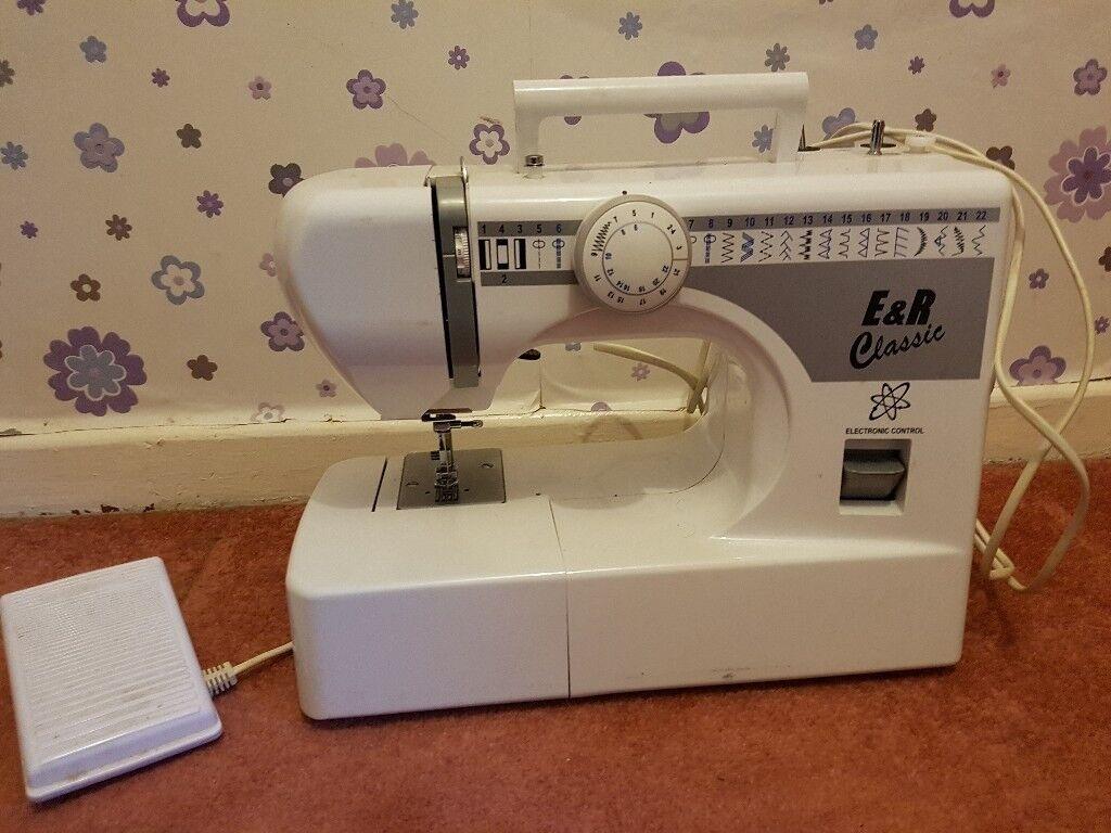 Sewing Machine electronic 22 stitches