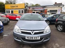 Vauxhall astra convertible twin top 1.9 cdti desing