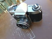 Lovely old collectible useable Camera Praktica PL Nova 1B,