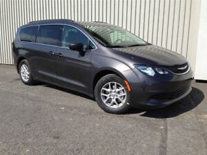 2018 Chrysler Pacifica LX +Caméra Recul, Roues 17 PO+