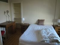 Spacious Double Bedroom in Morningside