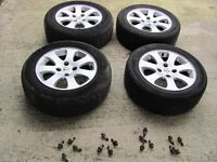 peugeo tor citroen 15 inch alloy wheels with all propper wheel bolts 195/55/15 tyre