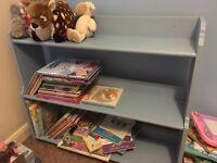 Toy /book shelf