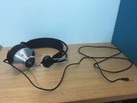 Angle & Curve Black Perfect Condition Headphones