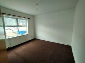 3 bedroom house with off road parking
