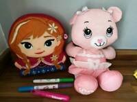 Aquadoodle bear and Anna inkoo cushion with pens