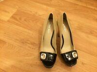 Nine West beige and black heels