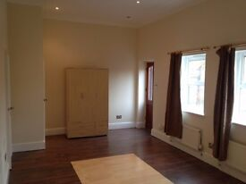 MODERN OPEN PLAN STUDIO ALL BILLS INCLUDED!!