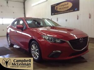 2015 Mazda MAZDA3 GS | Back Up Camera | Heated Front Seats | Blu