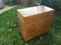 medium size oak chest of drawers
