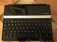 Logitech Ultrathin Keyboard / Cover for iPad 2, iPad 3 and iPad (4th Generation)
