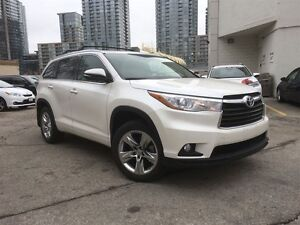 2015 Toyota Highlander Limited/ One owner/ extended warantty