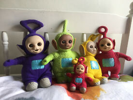 Complete teletubbies set of soft toys