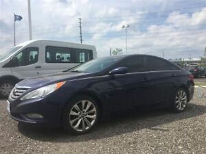 2013 Hyundai Sonata LIMITED, LEATHER, SUNROOF, HEATED SEATS