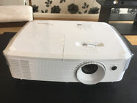 Full HD/3D Projector and 105 inch matte white screen - Optoma