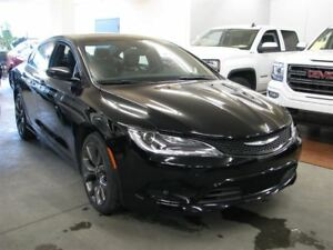 2016 Chrysler 200 S V6 CAM ENSEMBLE CONFORT161$/2SEM+TX