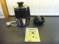Magimix 'Le Duo' Juice Extractor and Citrus Press in very good condition and full working order.