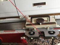 Knitmaster mod 151 chunky Knitting Machine, table & accesories