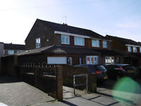 ** PIPER PROPERTY DO NOT CHARGE TENANTS FEES**4/5 Bedroom large family home in residential area