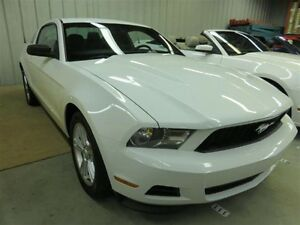2012 Ford Mustang FORD MUSTANG 2012 V6 automatique // air clim /