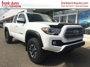 2016 Toyota Tacoma 4WD Access Cab V6  TRD Off Road, Manual trans