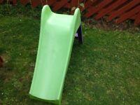 Small kids slide. £10 or nearest offer