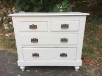 Lovely Old Chest of Drawers