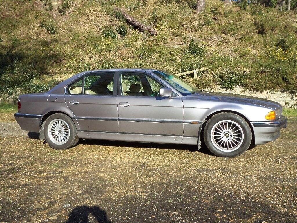 BMW 728i E38