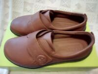 New Ladies Hotter Tan Leather Shoes.