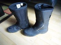 Lindstrands boots, probably fit 42 size