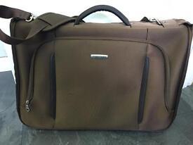 Samsomite Brown Spark Bi-Fold Garment Suit Bag