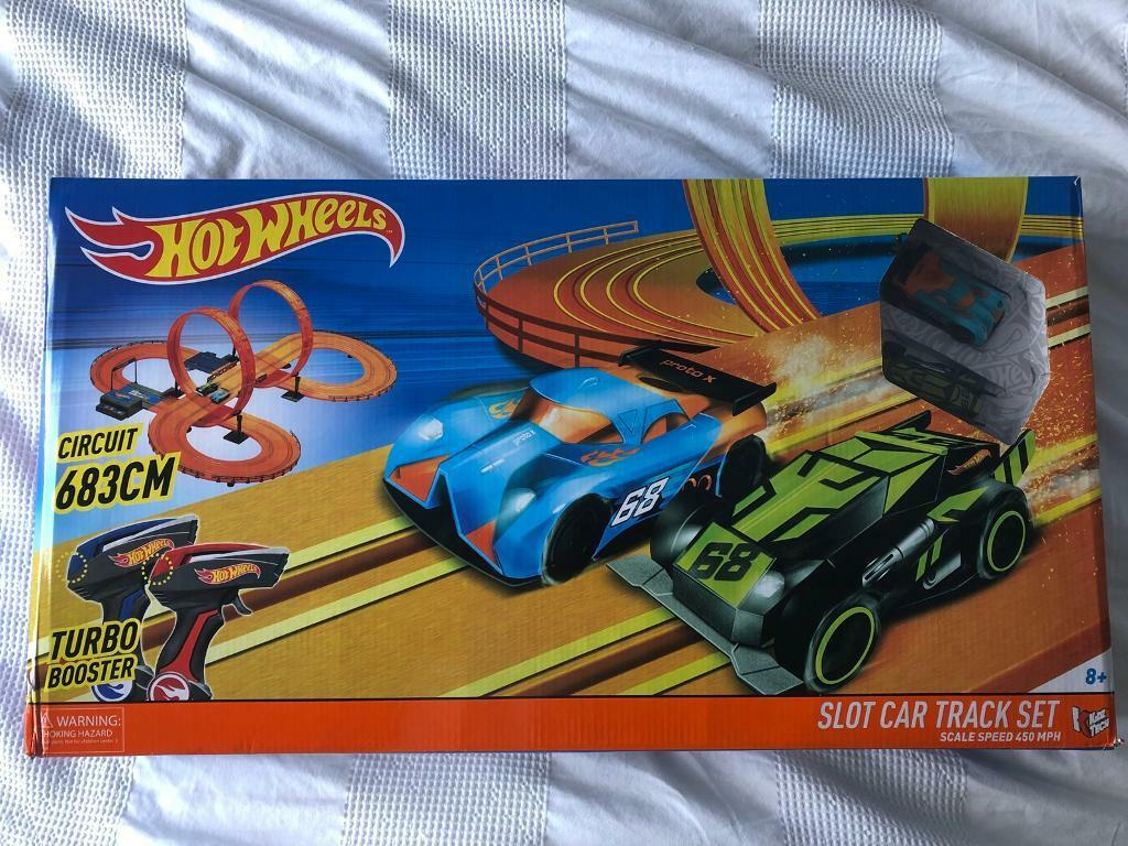 Toys Hot Wheels Electric Slot Car Race Track