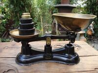 Kitchen Scales.. Salter's Traditional Number 56..With full set of imperial weights.
